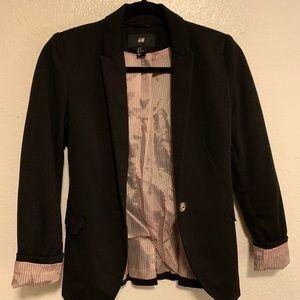 Black blazer pink satin lining size US 2